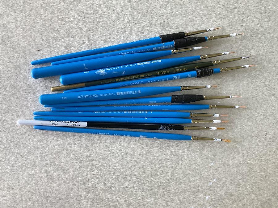 Ucross used brushes, Al Denyer